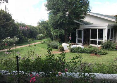 Rosewood_corner_garden